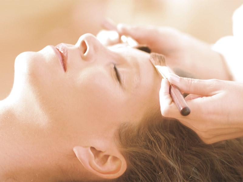 Behandlung im Kosmetikstudio beautypur